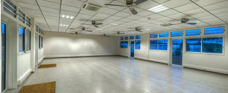 Empty room of the Groupe Omicrone
